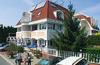 Wellness Hotel Kakadu Keszthely - elegant 3-star wellness hotel in Keszthely on discounted prices